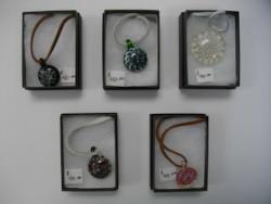 Glass pendants and earrings by Jayne Nixon1